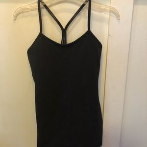 Lululemon tank top/Y tank in black size 4